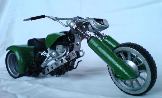 Scale souvenir motorbike models 6