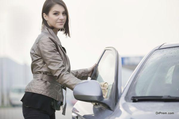 eco-friendly-car-washing-1