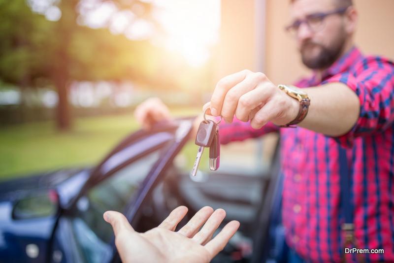 Maximizing-car-sale-price