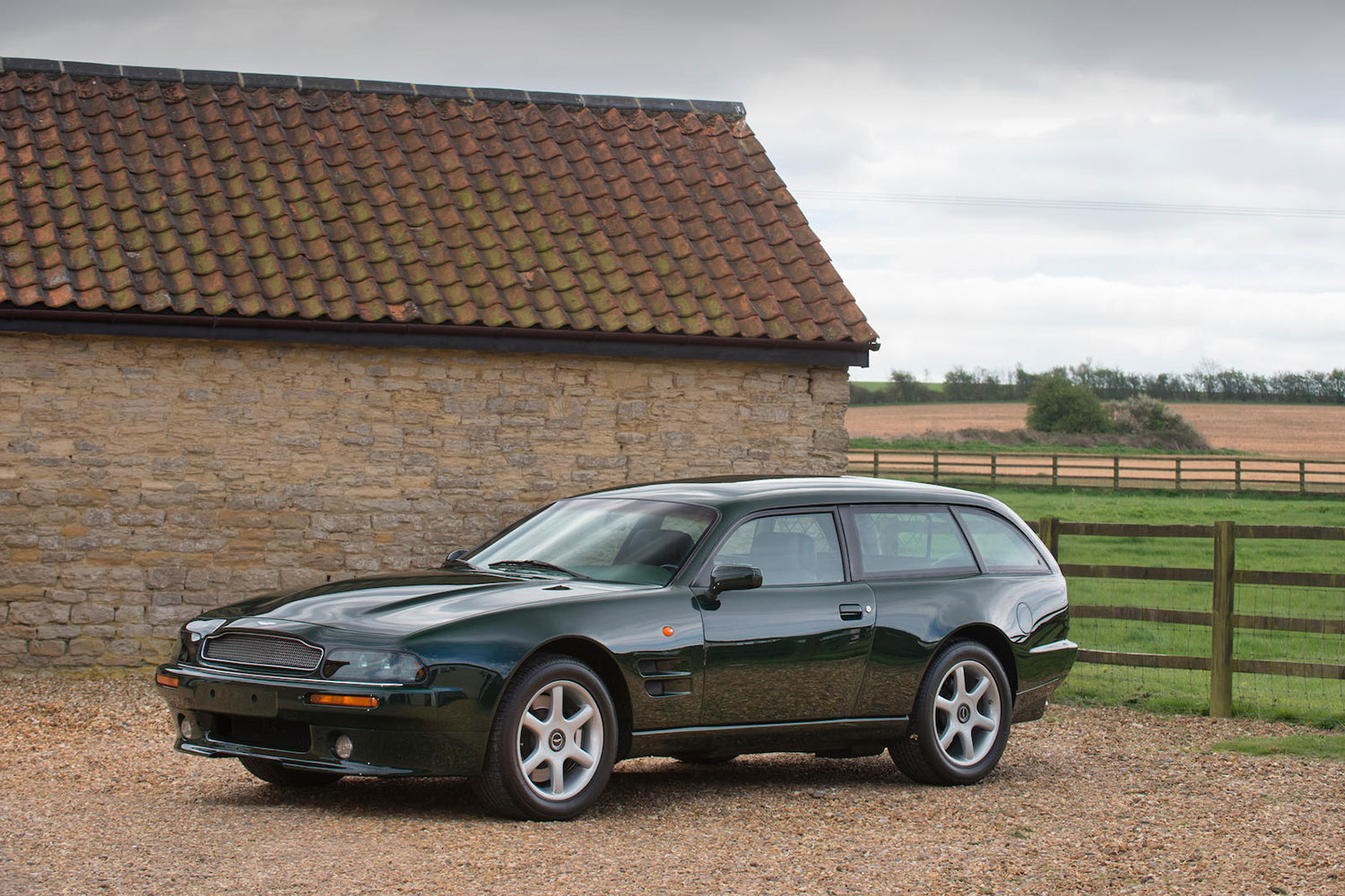 10 of the Best Annual Classic Car Auctions in the UK
