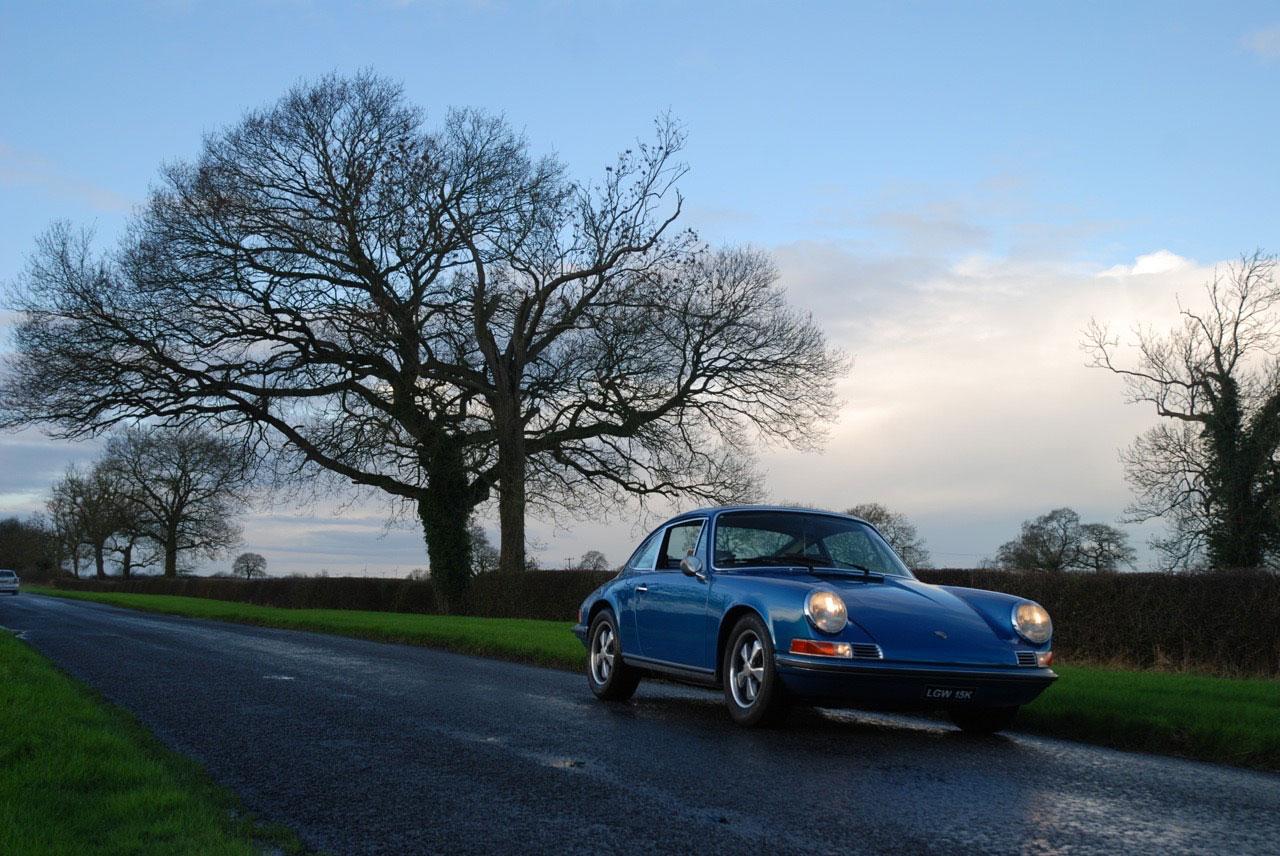 1972 Porsche 911T - The Blue Pearl