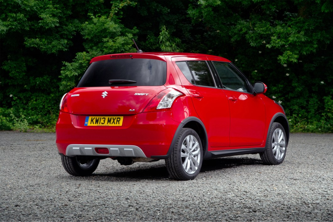 2014 Suzuki Swift rear