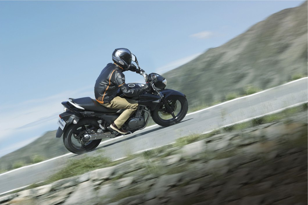 2014 Suzuki GW250 in action