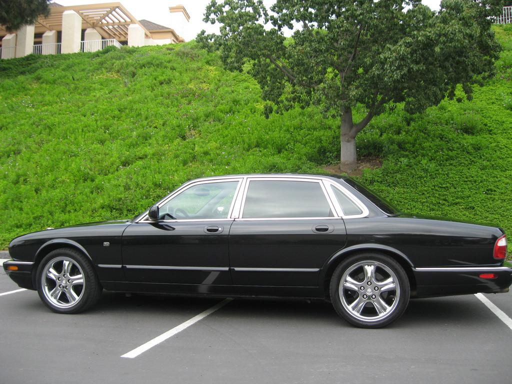Jaguar Xj Sedan Jaguar Xj
