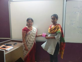 1st rank Teena Dhanawat 9th std