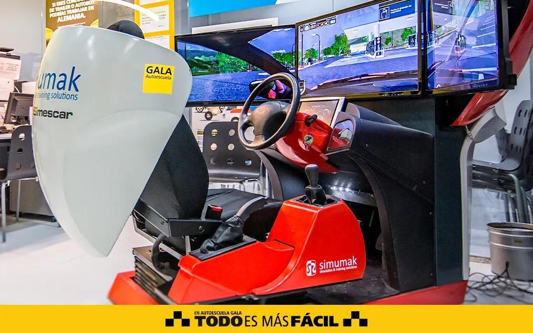 simulador-de-conduccion-en-madrid-autoescuela-gala