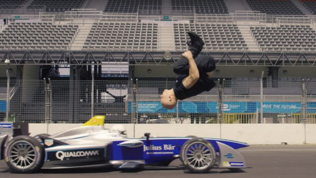 leap-of-faith-damien-walters-backflip-formula-e-000