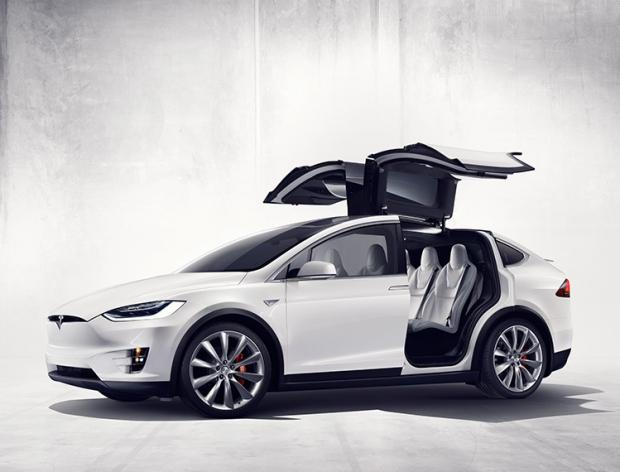 Tesla Model X-1