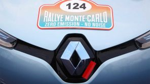 Электрический Renault стартует в настоящем ралли