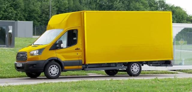 Ford создает для немецкой почты 2500 грузовых электромобилей на базе Transit