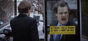 Видео дня: пешеходов в Париже решили пугать визгом тормозов в образовательных целях