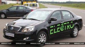 В Минске представили первый белорусский электромобиль. Только он китайский