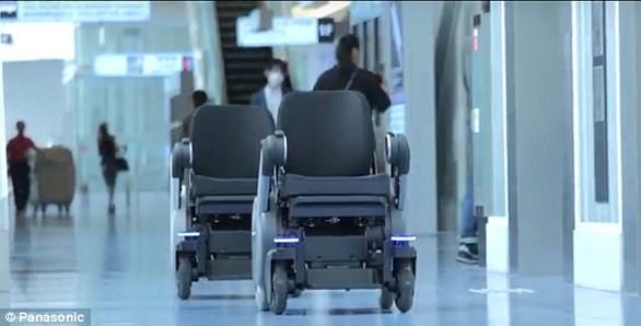 Panasonic прокатит посетителей японского аэропорта на автопилотируемых креслах