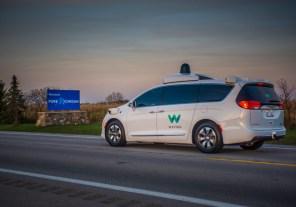 Google испытает свой автопилот Waymo в зимних условиях