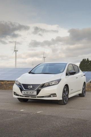 Свершилось: Nissan объявил о старте производства нового электромобиля LEAF в Европе