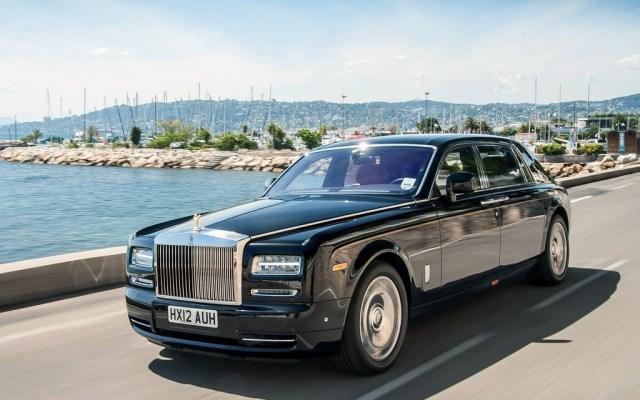 Люксовый Rolls-Royce Phantom получит полностью электрическую версию
