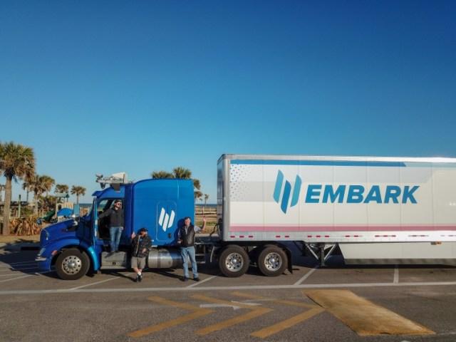 Пока Маск обещает - стартап воплотил: грузовик Embark с автопилотом проехал через США