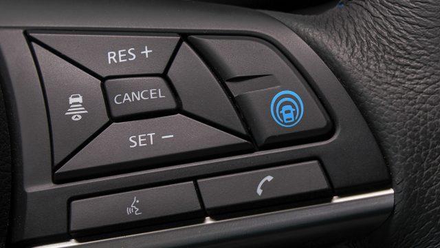 Nissan добавит ProPILOT в 20 новых автомобилей
