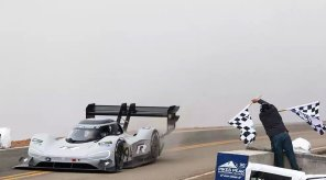 Электроболид Volkswagen I.D. R Pikes Peak побил абсолютный рекорд гонки
