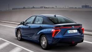 Toyota увеличит запас хода водородного автомобиля Mirai до 750 км