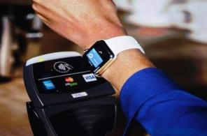 """Google Pay """"в пролете"""": ПриватБанк и ОККО дарят кофе за оплату топлива при помощи Apple Pay"""