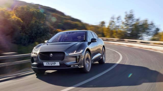 Jaguar сделает свой электрокроссовер i-Pace заметным для пешеходов