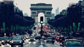 Дорогу электромобилям: страны ЕС договорились о резком снижении норм выхлопов авто