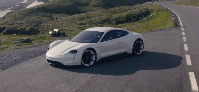 В Porsche рассказали, как электромобиль Taycan сможет обеспечить компании будущее