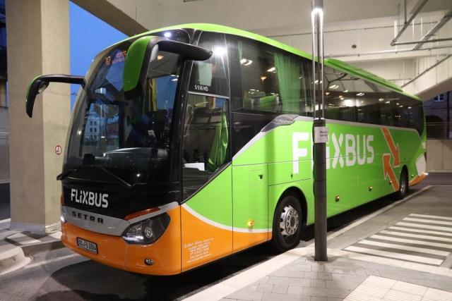 320 км на одном заряде: в Германии на междугородний маршрут впервые вышел электробус