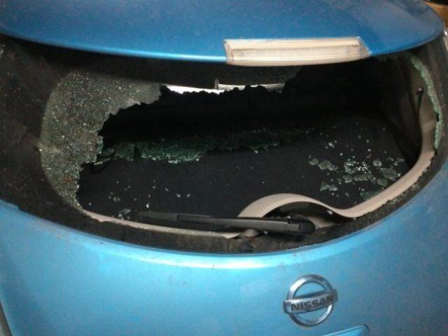 По Киеву прокатилась серия краж из электромобилей: похищены зарядные устройства и кабели