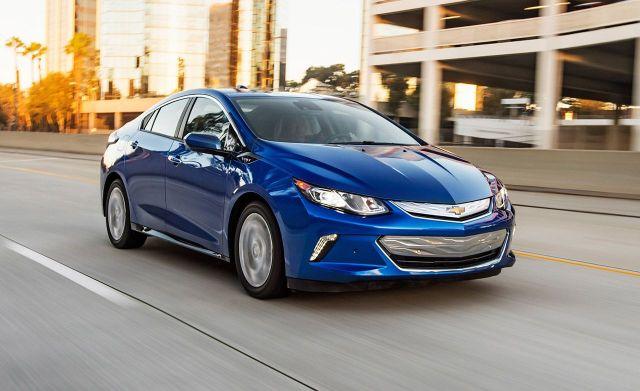 """General Motors решила """"убить"""" Volt, но увеличить инвестиции в электромобили"""