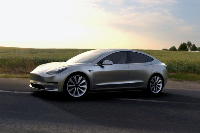 Владелец Tesla Model 3 хакнул ПО, смог установить в него Ubuntu и вышел в YouTube