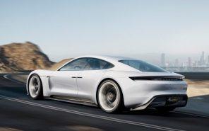 Не успевают за спросом: Porsche удвоят выпуск электромобилей Taycan