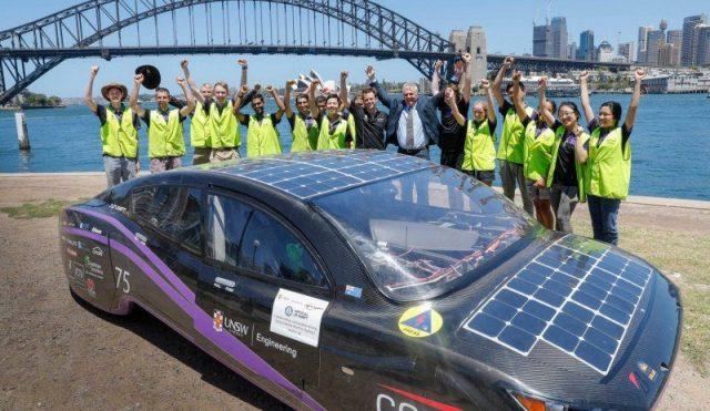 Как проехать 4100 км на автомобиле за : австралийцы знают ответ