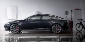 Илон Маск принес Tesla Powerwall в жертву электромобилям