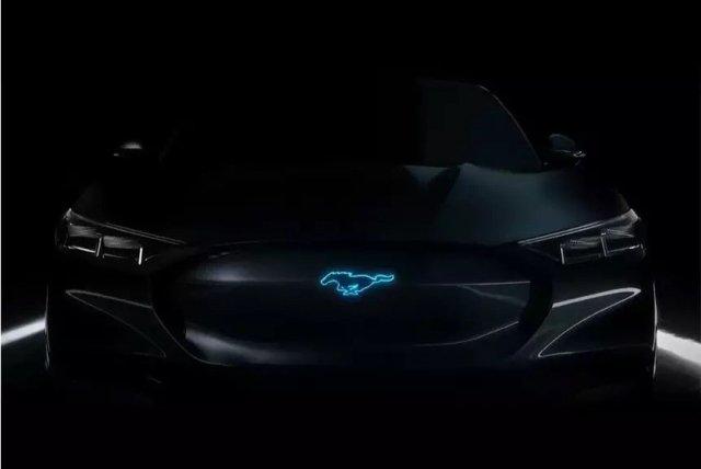 """""""Попридержи лошадей"""": Ford не отказывается от идеи создать Mustang с электромотором"""