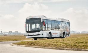 30 китайских электробусов BYD пополнили парк аэропорта Брюсселя
