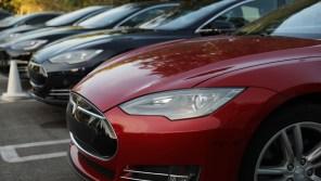 МИД Беларуси наладил твиттер-диалог с Илоном Маском и позвал роботакси Tesla в Минск
