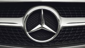 Электромобиль Mercedes GLB рассекречен фотошпионами
