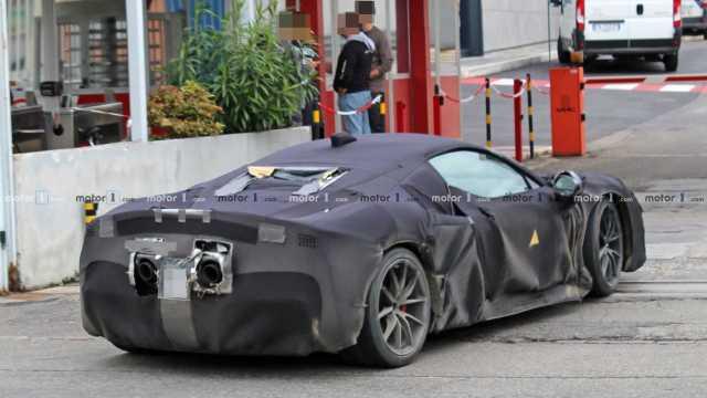 Ferrari готовится представить гибридного конкурента McLaren: опубликован тизер