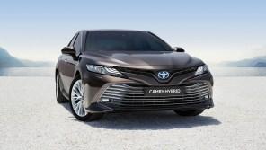 В Украине начат прием заказов на официальную Toyota Camry Hybrid