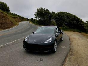 Tesla выкатила обновление: какие новые функции появились в электромобилях