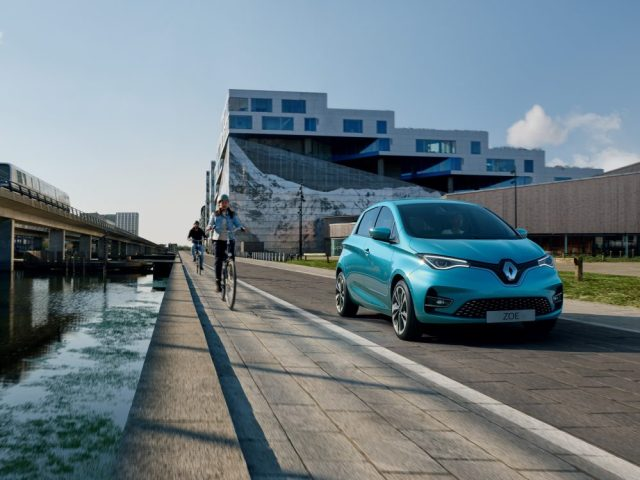 390 км на одном заряде: второе поколение Renault ZOE представлено официально