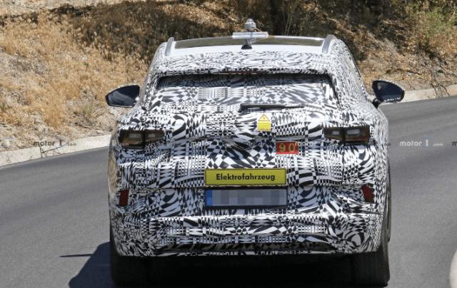 Фотошпионам удалось впервые заснять электрокроссовер Volkswagen I.D. CROZZ