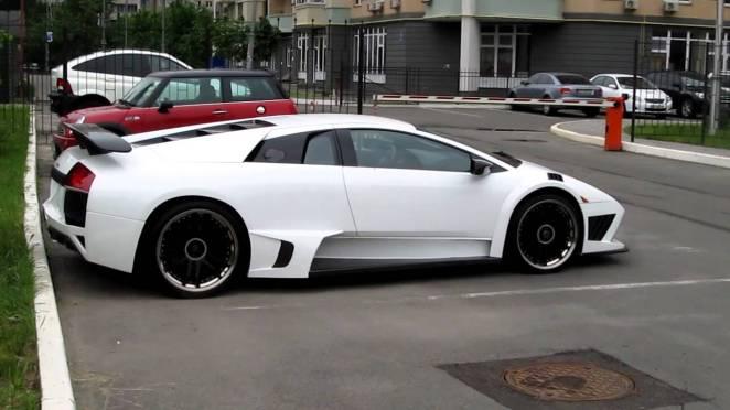 В Києві помітили cуперкар Lamborghini за 11 млн гривень: фото