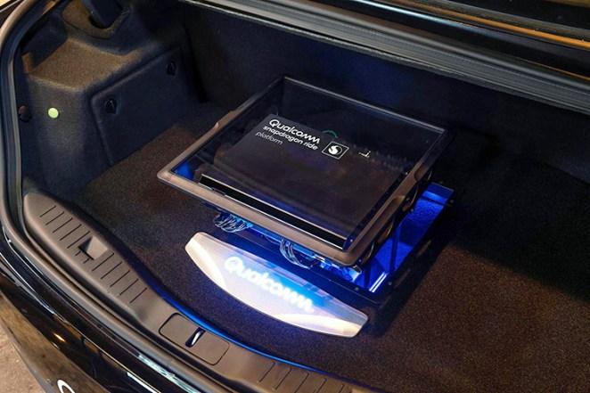 Qualcomm знайшла першого покупця свого нового чіпа для розумних автомобілів