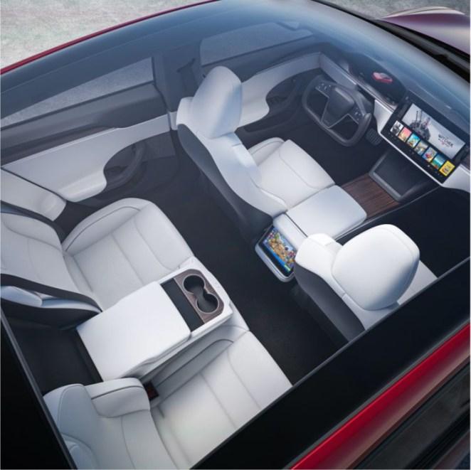 Tesla оновила електромобілі Model S та Model X: нове кермо може затримати продажі