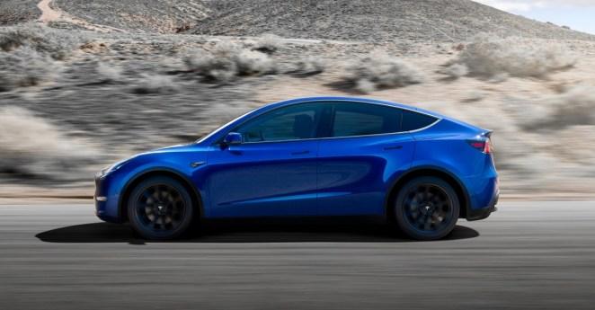 Топову комплектацію електромобіля Tesla Model Y в Китаї розпродали на півроку вперед