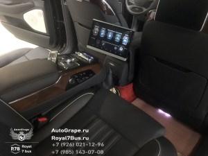 Монитор для задних пассажиров Genesis