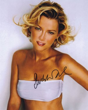 Gretchen Mol In-person Autographed Photo